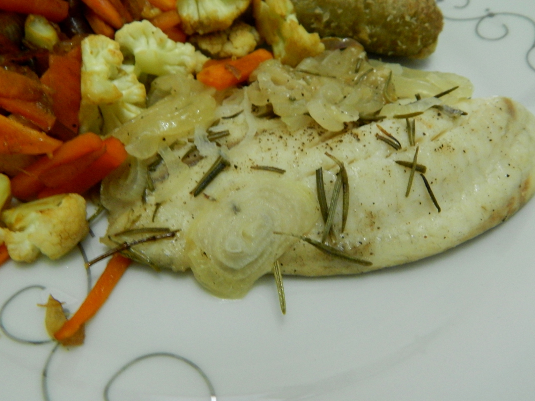 Rosemary and Peppered Onion baked tilapia