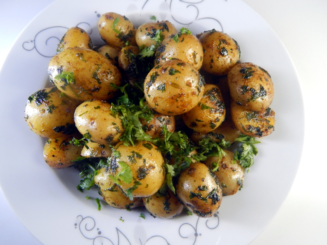 herb and spice new potatoes14