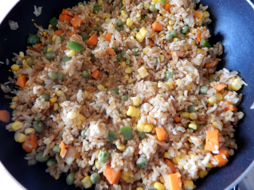 sweetcorn and pea fried rice 12