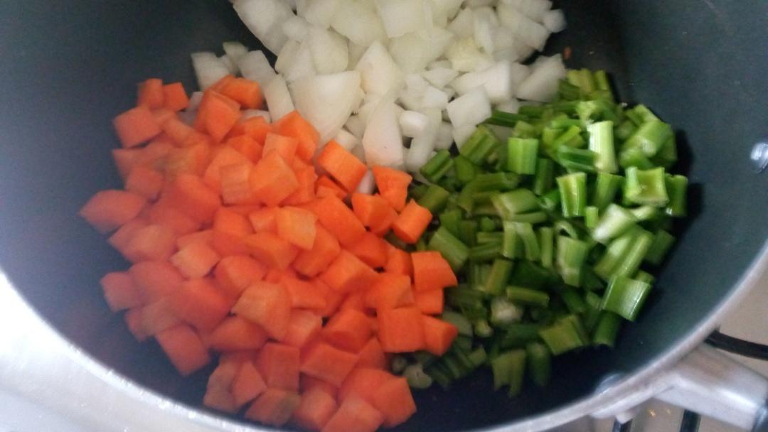 kienyeji-chicken-noodle-soup-leotunapika-4