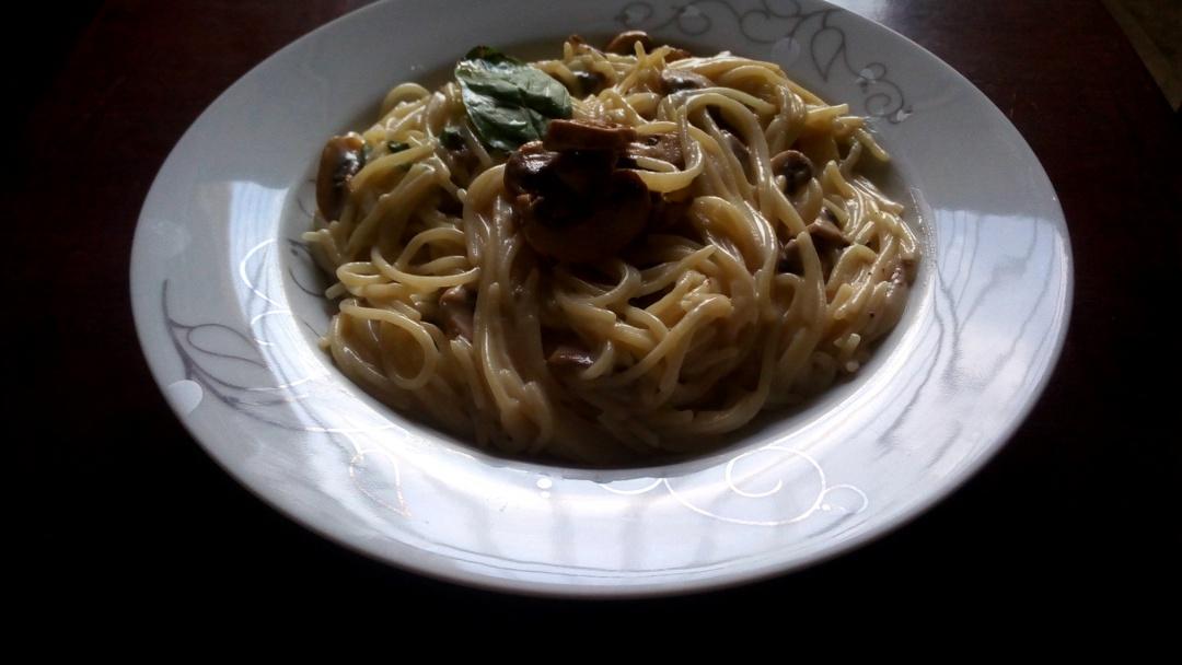 creamy-garlic-mushroom-spaghetti-leotunapika-12